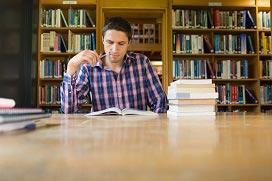 מסלול לימודים לתואר LLB במשפטים