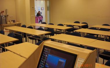 לימודים ב-A.B.S - בית הספר למסחר ועסקים